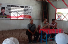 Wakil Ketua DPD Nono Sampono Kunjungi Maluku Tengah - JPNN.com