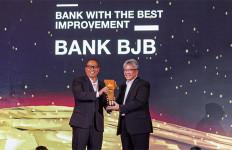 Bank BJB Raih Penghargaan CNBC Indonesia Award 2019 - JPNN.com