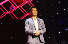 Baim Wong Raih Piala WebTVAsia Awards 2019 di Vietnam - JPNN.com
