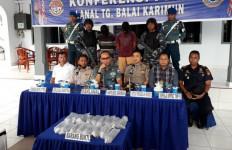 TNI AL Gagalkan Penyelundupan Benih Lobster Senilai Rp8 Miliar - JPNN.com