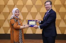 Menaker Ida Ajak Investor Amerika Kembangkan SDM Indonesia - JPNN.com