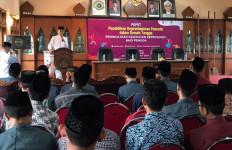 Kemenpora Persiapkan Kepemimpinan Pemuda dalam Rumah Tangga - JPNN.com