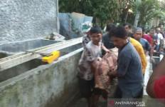 Rumah Penjaga Indekos Mahasiswi yang Tewas Terkubur Kaki Terikat Digeledah, PolisiSita Sejumlah Benda - JPNN.com