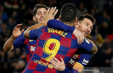 Messi Trigol, Barcelona Gusur Real Madrid - JPNN.com