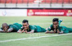 Persebaya Surabaya vs Arema FC: Kalahkan Sekarang Juga! - JPNN.com