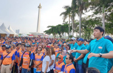 Jalan Sehat IKA UNDIP Jakarta untuk Sosialisasi Gerakan Makan Ikan - JPNN.com