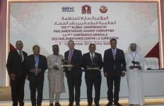 Fadli Zon Terima Penghargaan Atas Komitmen Pimpin Parlemen Global Antikorupsi - JPNN.com
