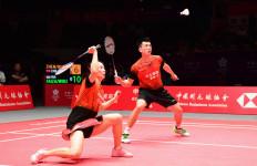 Zheng Si Wei/Huang Ya Qiong jadi Finalis Pertama BWF World Tour Finals 2019 - JPNN.com