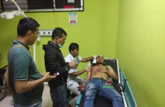 Sopir Taksi Online Ini Jadi Korban Keberingasan Penumpangnya - JPNN.com