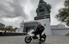 Nabila Putri Berbagi Tips Touring Aman dan Nyaman - JPNN.com