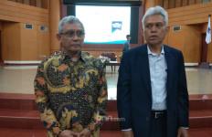 Menurut Prof Hanif, Perangkat Desa Hanya Tukang Tagih Pajak, tak Perlu Diangkat jadi PNS - JPNN.com