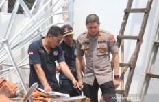 Polisi Periksa Empat Saksi Kasus Ambruknya Atap SDN Jember - JPNN.com