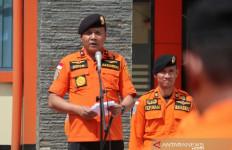 Basarnas Jabar Evakuasi 15 Keluarga Korban Banjir Sungai Citarum - JPNN.com