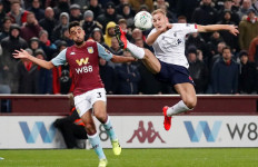Hancurkan Liverpool 5-0, Aston Villa Tembus Semifinal Piala Liga - JPNN.com