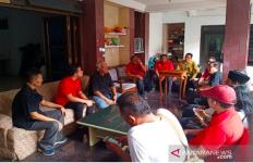Patuhi Perintah Hadi, Gibran bin Jokowi Temui Para Senior PDIP - JPNN.com