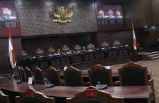 MK Gelar Uji Materi UU Perlindungan Pekerja Migran Indonesia - JPNN.com