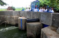 Wali Kota Tangerang Minta Proyek Pembangunan Pengendalian Banjir Dipercepat - JPNN.com
