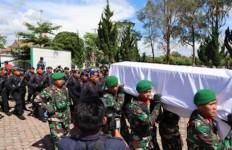 Lettu Inf Erizal Zuhri Sidabutar Dimakamkan, Calon Istri: Selamat Jalan, Sayangku - JPNN.com