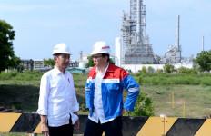 Ahok Dampingi Jokowi Meninjau Kilang Petrokimia di Tuban, Ini Hasilnya - JPNN.com