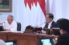 Pengamat Ekonomi: Strategi Jokowi Tak Akan Pernah Berhasil - JPNN.com