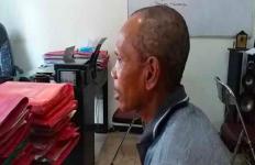 Pak Gafur Sangat Bejat! Perkosa Anak Tiri Usia 10 Tahun - JPNN.com