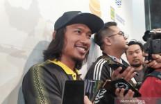 Perkenalan Unik, Hariono Resmi jadi Pemain Bali United - JPNN.com