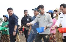 Mentan Dorong Karangasem Optimalkan Pertanian dan Peternakan - JPNN.com