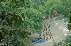 Bangkai Bus Sriwijaya Dievakuasi setelah Investigasi KNKT Selesai - JPNN.com