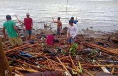 Topan Phanfone Rusak Hari Natal di Filipina - JPNN.com