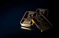 Awal Pekan, Harga Emas Antam Terseret ke Rp 779.000 per Gram - JPNN.com