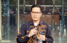 Jubir KPK Febri Diansyah Resmi Lepas Jabatannya, Ini Alasannya - JPNN.com