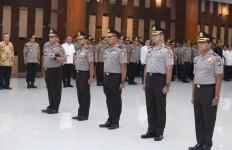 24 Pejabat Polri Naik Pangkat, Gatot, Agus dan Listyo jadi Bintang 3 - JPNN.com