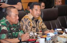 Wabup Nduga Wentius Nimiangge Mengundurkan Diri, Serius gak? - JPNN.com