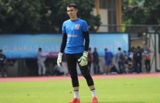 Tawaran Klub Lain Berdatangan, Nadeo Argawinata Beri Jawaban Begini - JPNN.com
