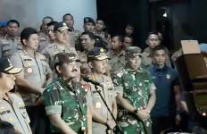 Panglima TNI dan Kapolri Pantau Pelaksanaan Pengamanan Tahun Baru 2020 - JPNN.com