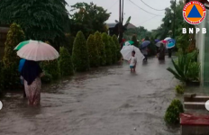 Banjir di Jakarta, Seorang Warga Kemayoran Meninggal Dunia - JPNN.com