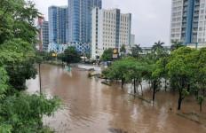 Info Terbaru: 19 Jalan di Jabodetabek yang Masih Terendam Banjir Siang Ini - JPNN.com