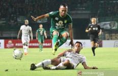 Irfan Jaya Bertahan di Persebaya Surabaya - JPNN.com