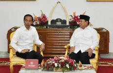 Presiden Jokowi Berulang Tahun, Prabowo: Barakallah Fii Umrik - JPNN.com