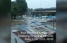 Berapa Banyak Taksi Blue Bird Yang Terendam Banjir? - JPNN.com