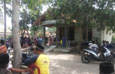 Dua Bocah Ditemukan Tewas Tenggelam di Kolam Bekas Galian Pasir - JPNN.com