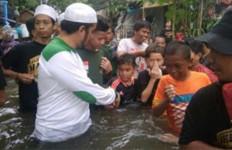 Menantu Habib Rizieq dan FPI Dirikan Dapur Umum buat Korban Banjir - JPNN.com