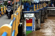 Update Banjir Jakarta: Ketinggian Air di Katulampa Sudah Kembali Normal - JPNN.com