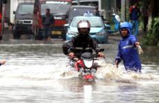 Benarkah Alokasi Dana Banjir DKI Lebih Kecil dari Penyelenggaraan Formula E? - JPNN.com