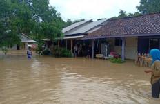 Banjir di Karawang Makin Meluas - JPNN.com
