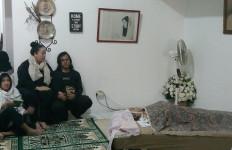 Suami Ungkap Keluhan Ria Irawan Sebelum Meninggal - JPNN.com