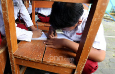 Cegah Virus Corona, 100 Ribu lebih Warganet Minta Pembukaan Masuk Sekolah Ditunda - JPNN.com