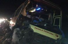 Identitas Korban Tewas Kecelakaan Bus Pahala Kencana vs Truk Beras - JPNN.com