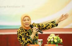 Ida Fauziyah: 56 Persen Pekerja Indonesia Berpendidikan SMP ke Bawah - JPNN.com