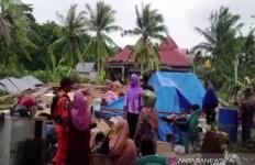 3 Kabupaten di Sultra Diterjang Puting Beliung, Lihat Fotonya - JPNN.com
